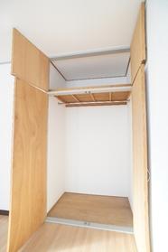 プティーコーポ 201号室