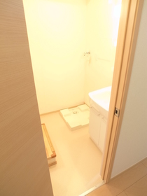 独立した洗面スペースは嬉しいですね。