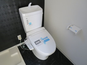 人気の温水洗浄便座対応です(*^_^*)