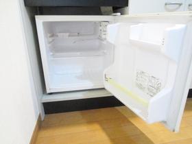 意外と入るんです!ミニ冷蔵庫!