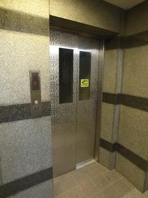 エレベーターがあれば移動もらくらく♪