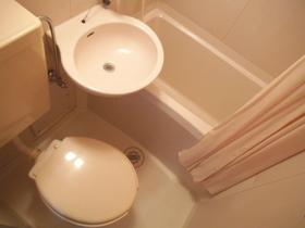 トイレもこちらです♪