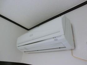エアコン付いてます。