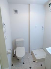 洗面所はトイレと同室タイプ