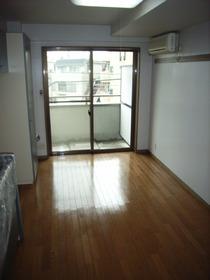 K−BLDG 305号室