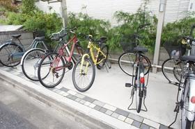 http://image.rentersnet.jp/82b4f829c4fb97cc7ba1109b50a16162_property_picture_961_large.jpg_cap_駐輪スペース