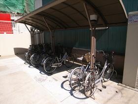 自転車置場には屋根もついてます