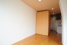 Maple Court 502号室