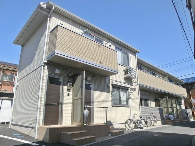 閑静な住宅地にある2階建てアパート!