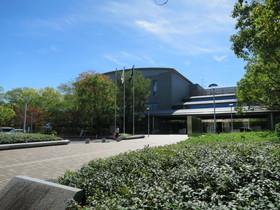 香川県立図書館