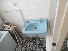 バスルームの洗面台です!