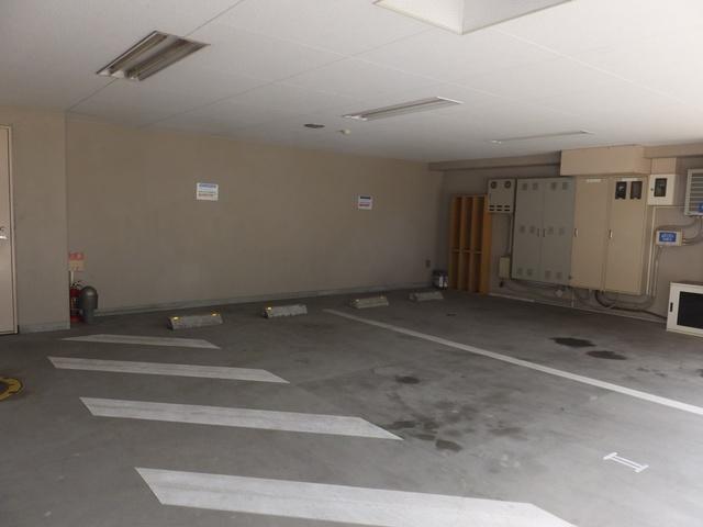 スカイコート品川仙台坂駐車場