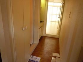 玄関にはシューズボックスも付いています。