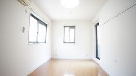 B's HOUSE 201号室