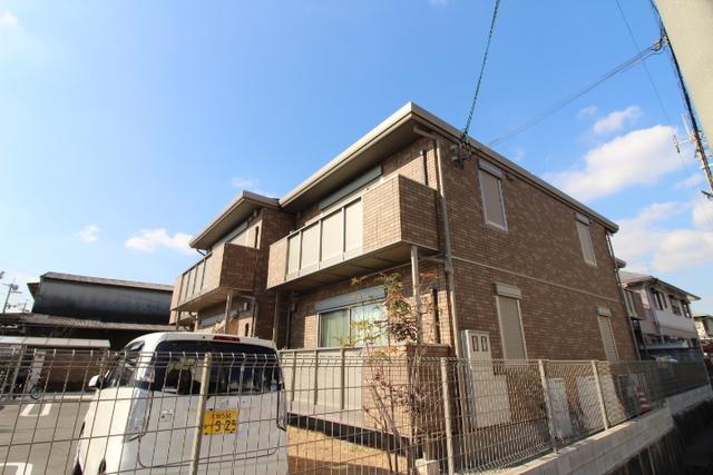 大阪府茨木市大同町の賃貸アパートの外観