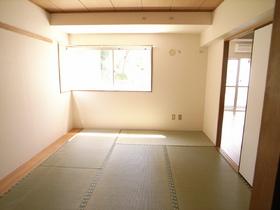 明るい和室です☆別のお部屋の写真です