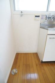 サンホームニシオ 201号室