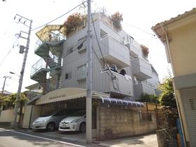 重厚な作りのマンションです!