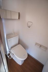 http://image.rentersnet.jp/9160747d-cc29-43bf-8a7f-fb219b804977_property_picture_961_large.jpg_cap_ウォシュレット付きトイレ