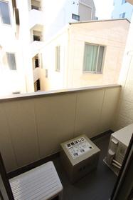 エクセル藤 302号室