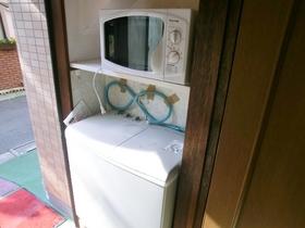 洗濯機、電子レンジが付いてます☆