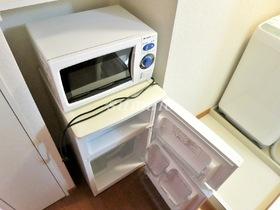 嬉しい冷蔵庫と電子レンジ設置済み♪