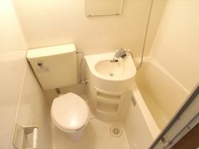 トイレもお風呂と一緒だから清掃も楽ちん!