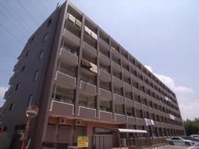 総戸数82戸の 巨大賃貸マンション!