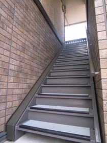 建物階段です