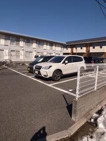 広い駐車場です☆