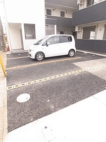 駐車場の空きは要確認です☆