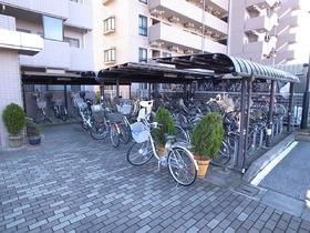 自転車置場ももちろんあります!