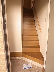1階に玄関があります♪