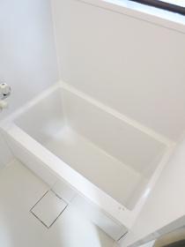 浴室には窓があります!