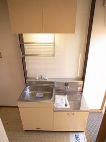 お風呂とトイレが一緒ですが、大きめのタイプですよ