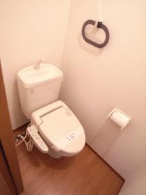 ウォシュレットつきのシステム的なトイレ☆