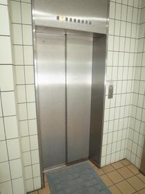 エレベーターがあるので楽ちん!