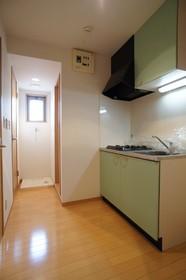 シャンテ百反坂 305号室