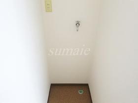 室内洗濯機置場です☆廊下スペースです。