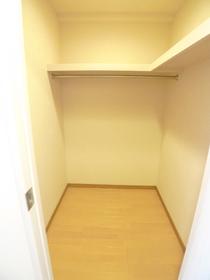 ボーブリアンあさひ (各種駐輪場完備) 402号室