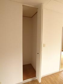 リビングの収納スペース
