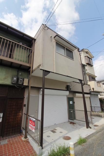 Garage House/木造/2階建て