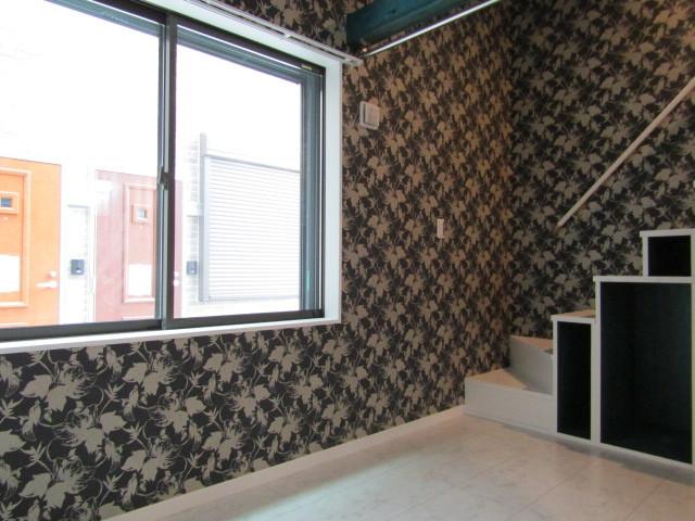 お部屋の壁面によって壁紙が異なります