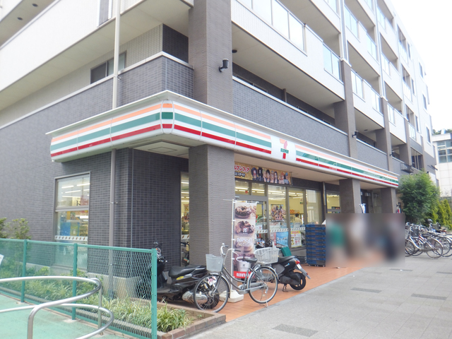 セブンイレブン飯山満駅前店
