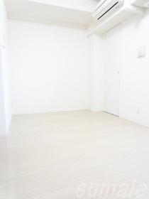 ☆キレイなホワイトフローリングのお部屋です☆