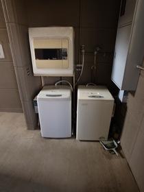 共用で使える洗濯機あります☆