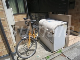 自転車はこちらに置けそうですね☆