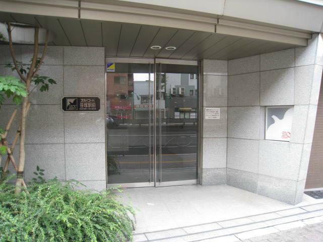 スカイコート笹塚駅前エントランス