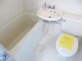 浴室と洗面台の2点セットです☆
