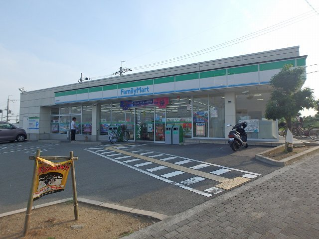ファミリーマート箕面新稲店
